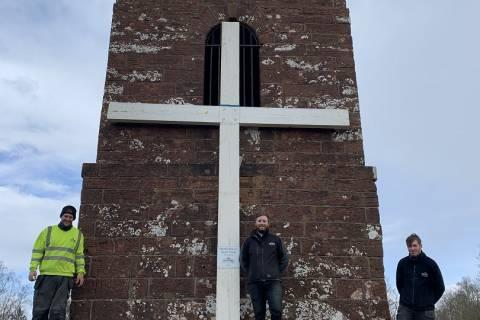Beacon Cross - Holy Week - Easter 2021