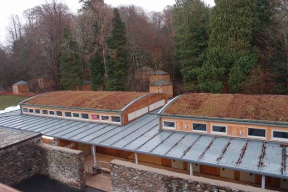 Stores and kit rooms with vegetation system roof