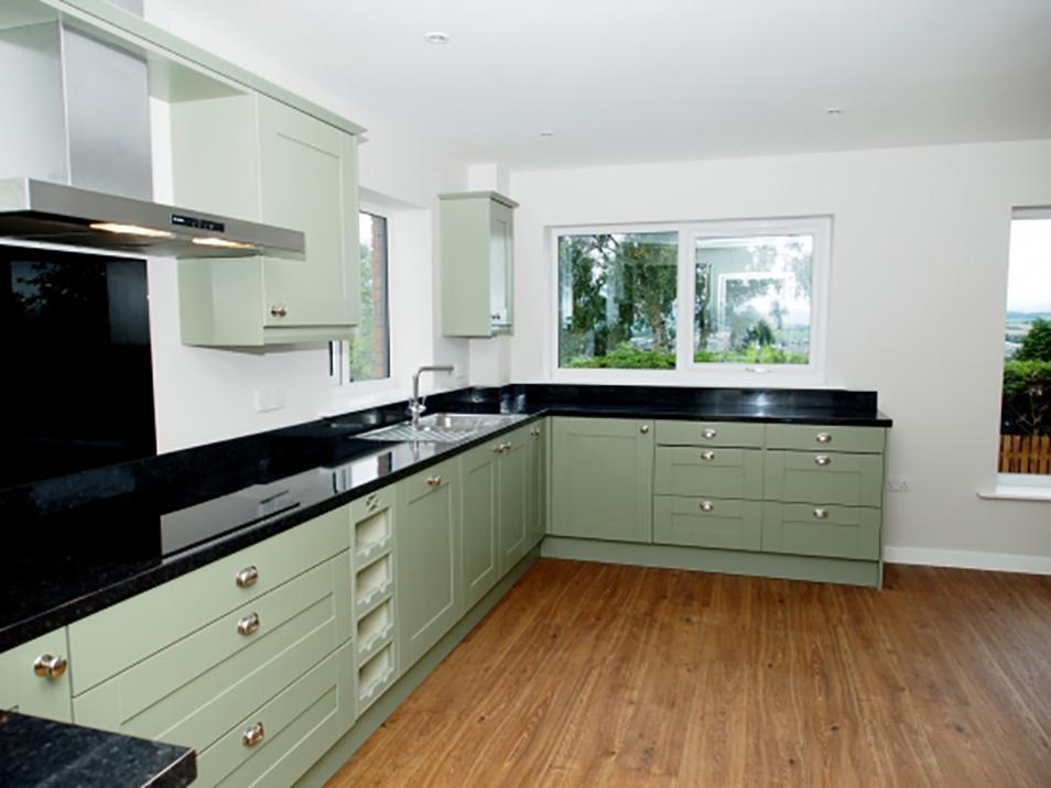 Luxury Spacious Kitchen
